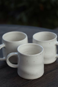 Wavy White Speckled Matcha Mug