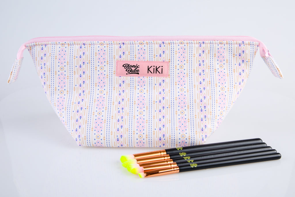 ELECTRIC EYESHADOW BRUSH SET + PINK BLOSSOM MAKE-UP BAG