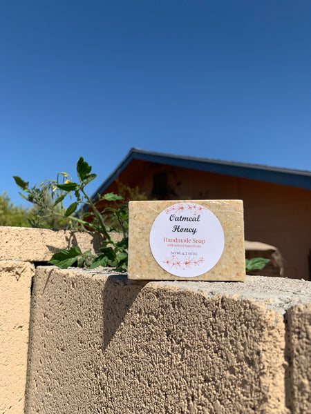 Gentle & Exfoliating Oatmeal Honey Soap (Handmade)