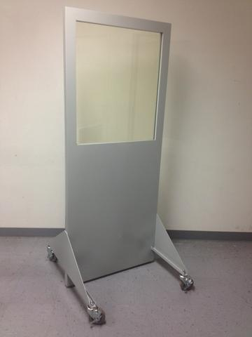 mobile x-ray control screen barrier with lead glass