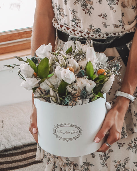 White Flowers Bouquet - The Love Box Flowers