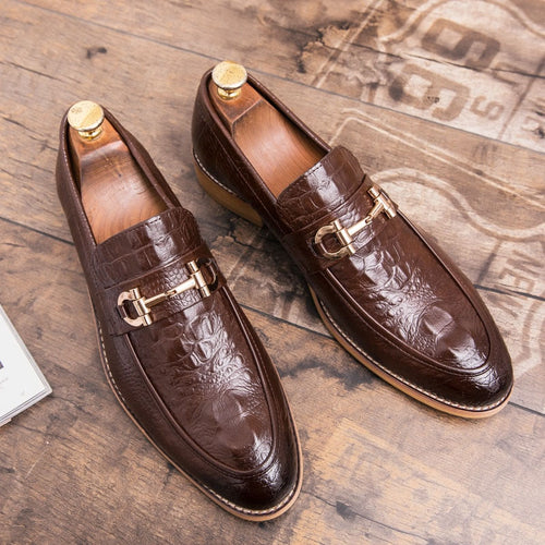 Casual Men Genuine Leather Loafer Round Toe Solid Pattern Metal Decor