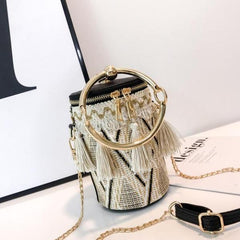 Fashion Knit Bucket Barrel Shaped Straw Bags Ring Tassel