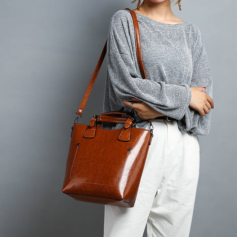 Luxury Women Shoulder Bag Solid Color Letters Decor Zipper