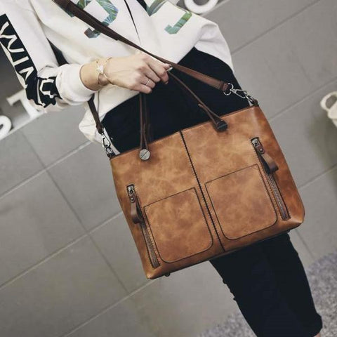 Women's Leather Wild Messenger Bag