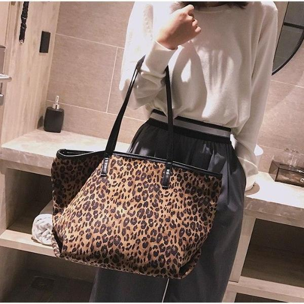 Female Shoulder Bag 2Pcs Leopard Pattern Zipper