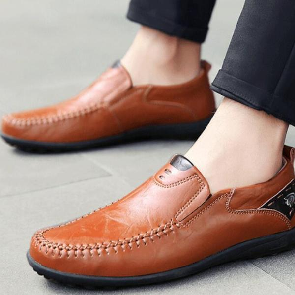 Casual Men Flat Shoes Slip-On Round Toe Solid Color