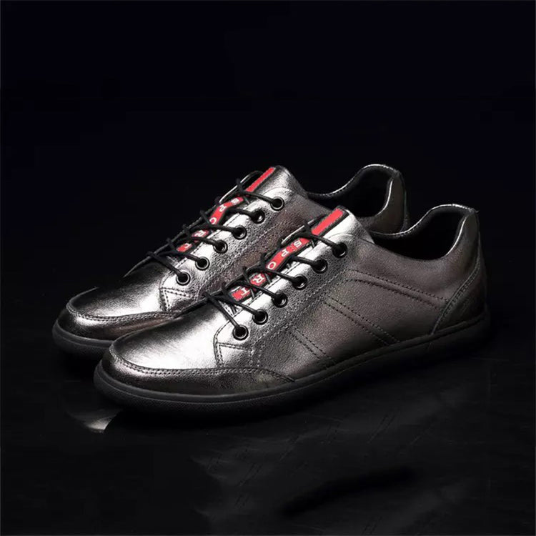 Casual Men Skate Shoes Flat Heel Lace-Up Round Toe