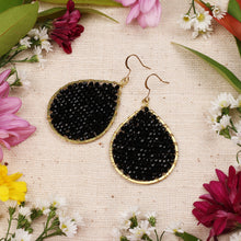 Load image into Gallery viewer, Black Crystal Beaded Drop Earring JE057