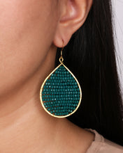 Load image into Gallery viewer, Green Crystal Beaded Drop Earrings JE053