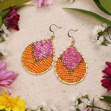 Load image into Gallery viewer, Two Tone Pink Orange Beaded Drop Earrings JE049