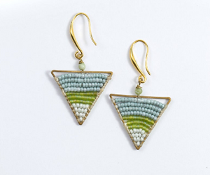 Triangle green beads Earrings JE015
