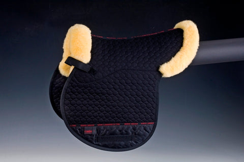 Horse Dream UK Genuine sheepskin Numnah. Half lined with Merino Lambskin, with cuff and border. Manufactured by Christ Lammfelle