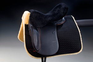 Horsedream sheepskin seat saver for English saddles - Brown