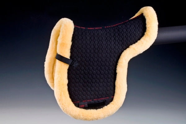 Horsedream sheepskin Numnah, Fully lined with Merino Lambskin, Black/natural, Christ Lammfelle range