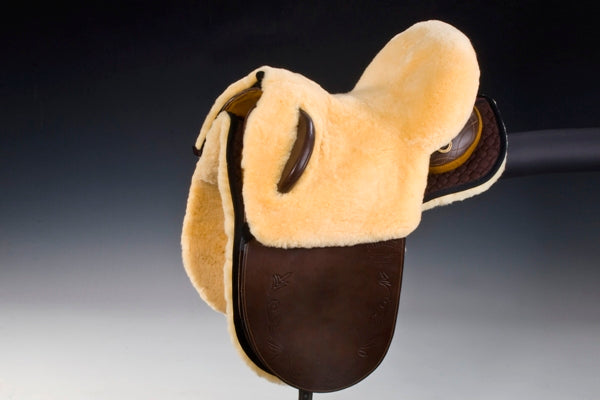 Horsedream sheepskin seat saver for Australian stock saddles - Natural