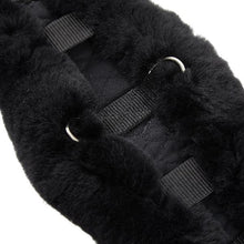 Load image into Gallery viewer, Horse Dream UK Sheepskin Dressage girth - Contoured to fit your horse. Fully lined with genuine Merino Lambskin. Manufactured by Christ Lammfelle