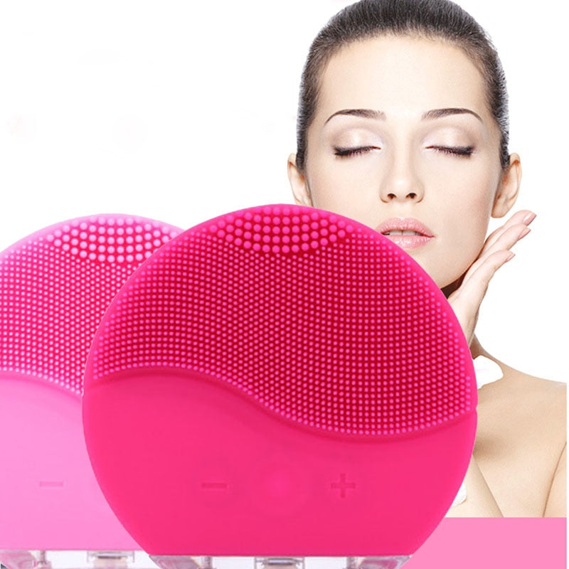 Silicone Cleansing Brush with T-Sonic Pulsations for gentle, thorough cleansing