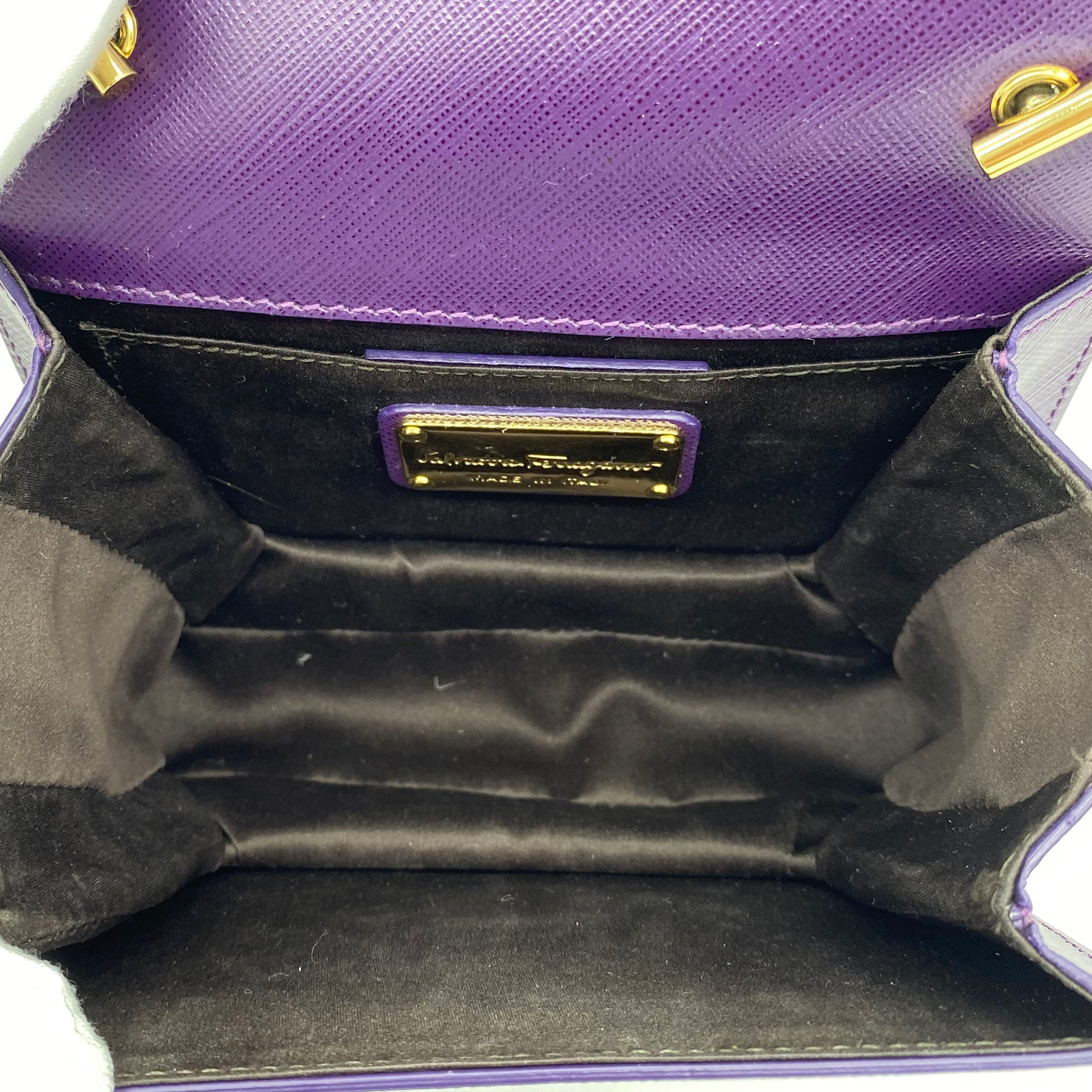 Vara Bow Mini Bag