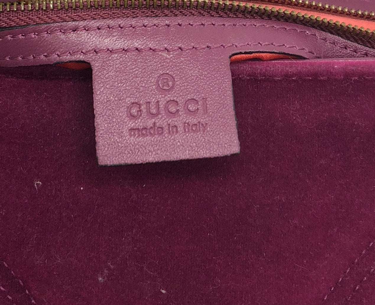 Gucci fuchsia Marmont medium velvet quilted bag