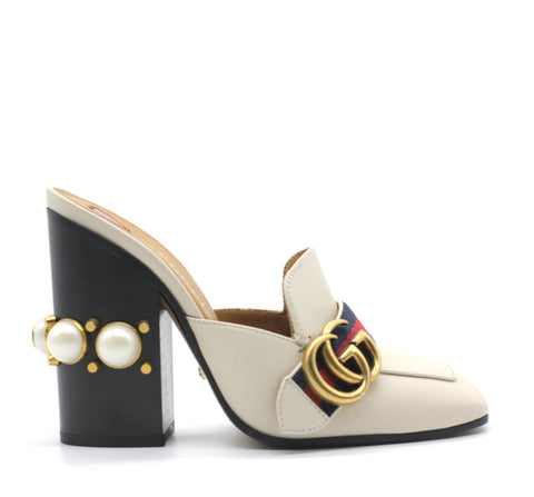 Gucci Leather mid-heel Pump with pearl