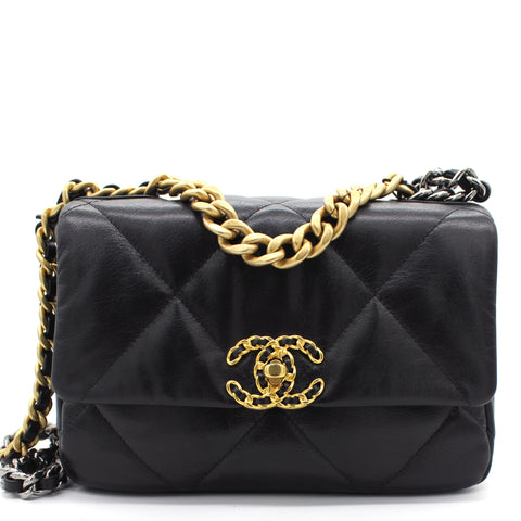 19 Small Flap Bag