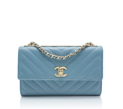 Chanel Trendy CC wallet on chain