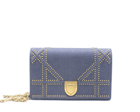 Diorama Wallet on Chain in blue studded denim