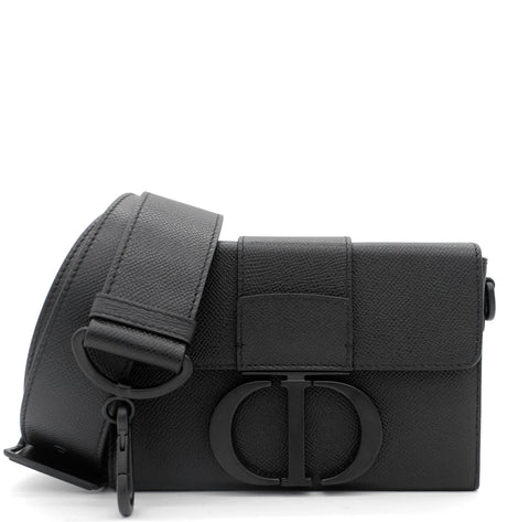 30 Montaigne Box Bag Black Ultramatte Grained Calfskin