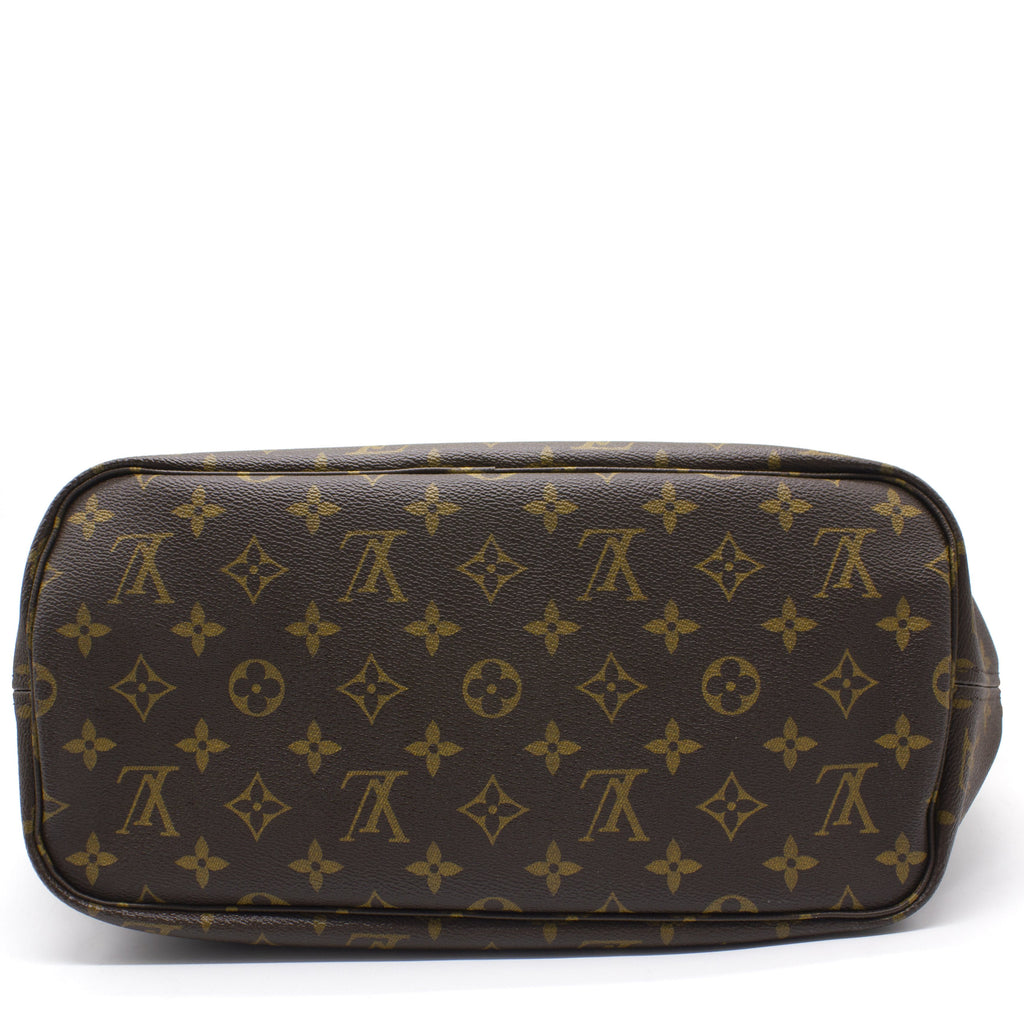 Neverfull MM Monogram Shoulder Bag