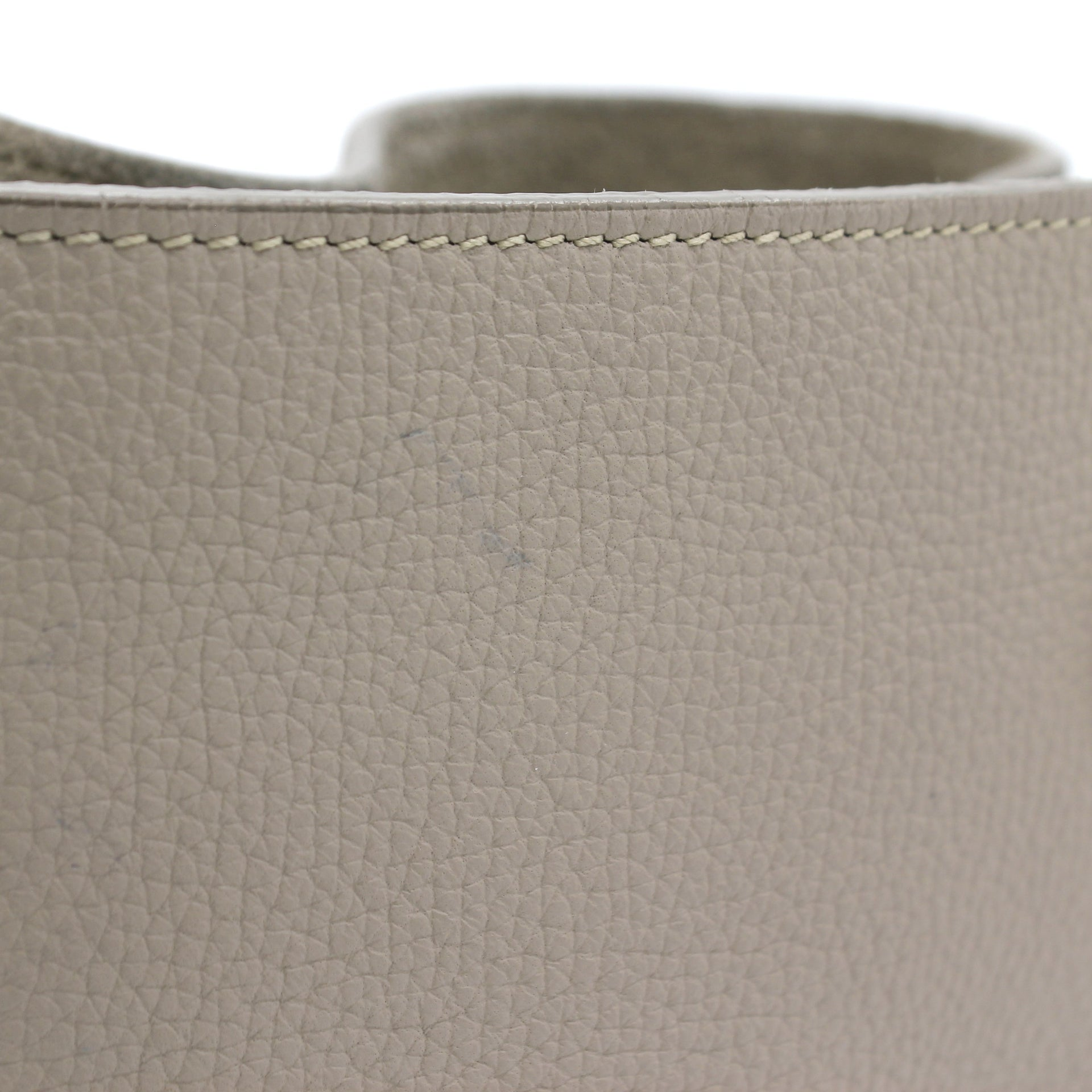 Big Bag Nano Bucket in Grained Calfskin