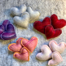 Load image into Gallery viewer, Valentine Felted Hearts Potpourri Gift Set
