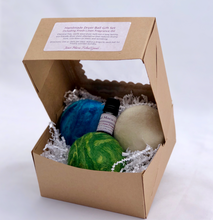 Load image into Gallery viewer, Merino Wool Felted Dryer Ball - Set of 3