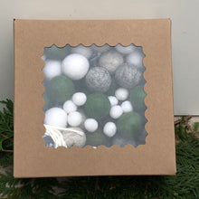 Load image into Gallery viewer, Wool Garland Kits
