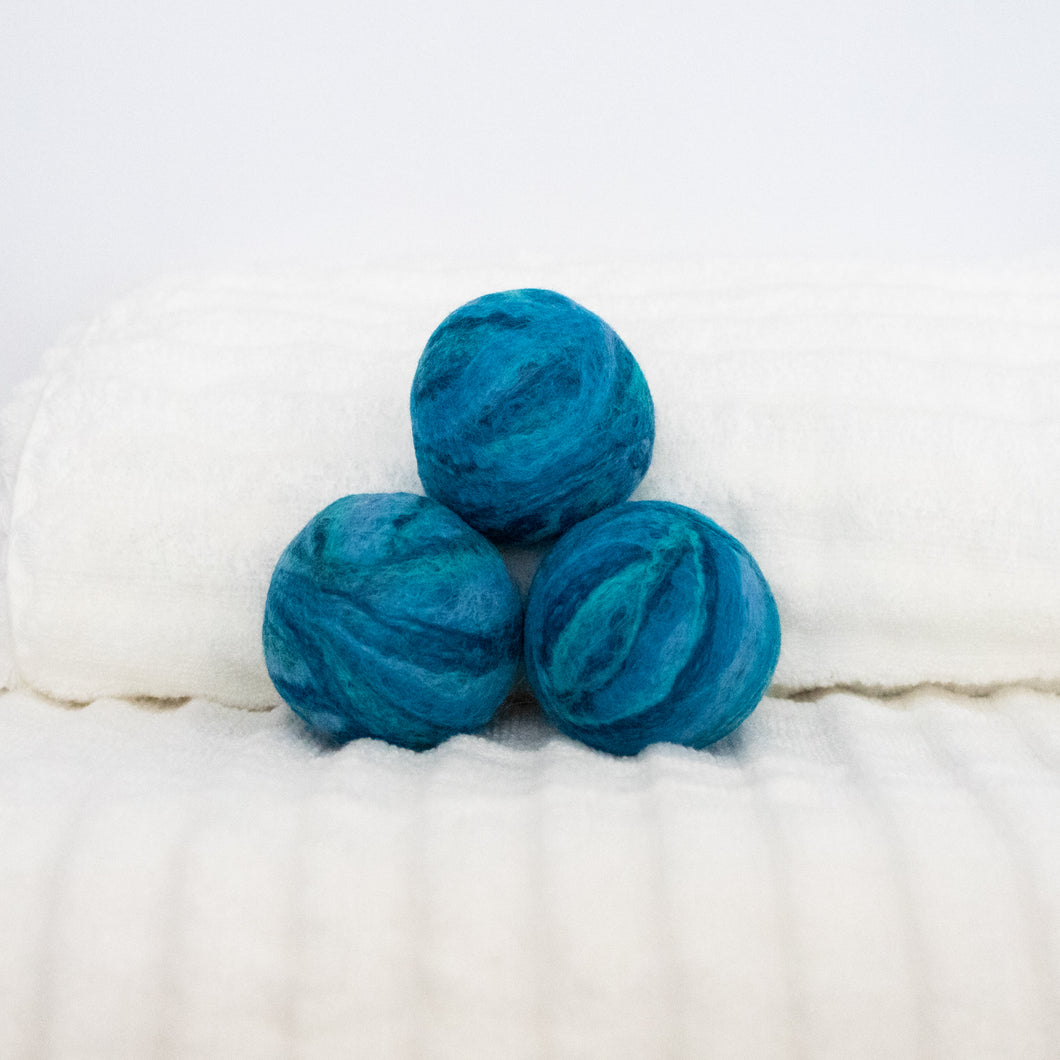 Single Merino Wool Felted Dryer Ball - Ocean Blue