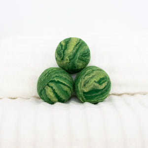 green wool dryer balls