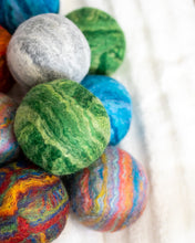 Load image into Gallery viewer, Single Merino Wool Felted Dryer Ball - Gray