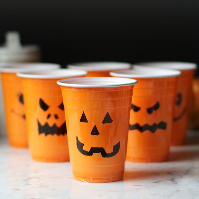 Jack-o-Lantern Juice Smoothie with DIY Party Cups