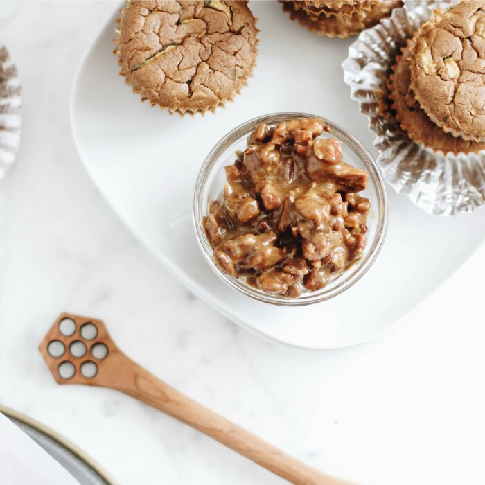 Cinnamon Spice Muffins with No-Bake Pecan Pie Topping