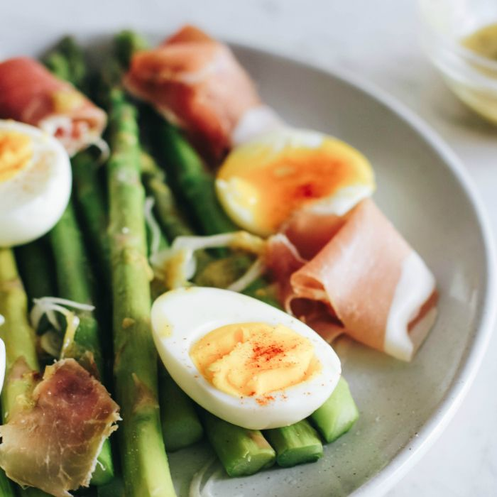 Asparagus Salad with Eggs, Prosciutto and Manuka Honey Vinaigrette
