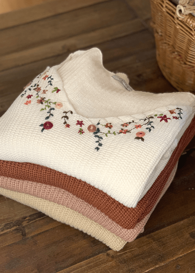 Suéter Ligero Bordado  Ref ST0036 |  Embroidery Sweater Ref ST0036