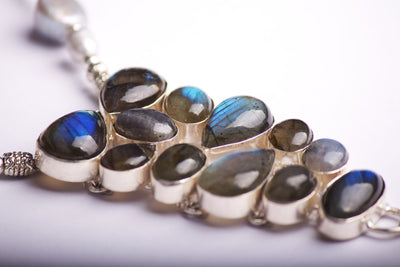 N°461 The Smooth Republic of Labradorite Statement Necklace