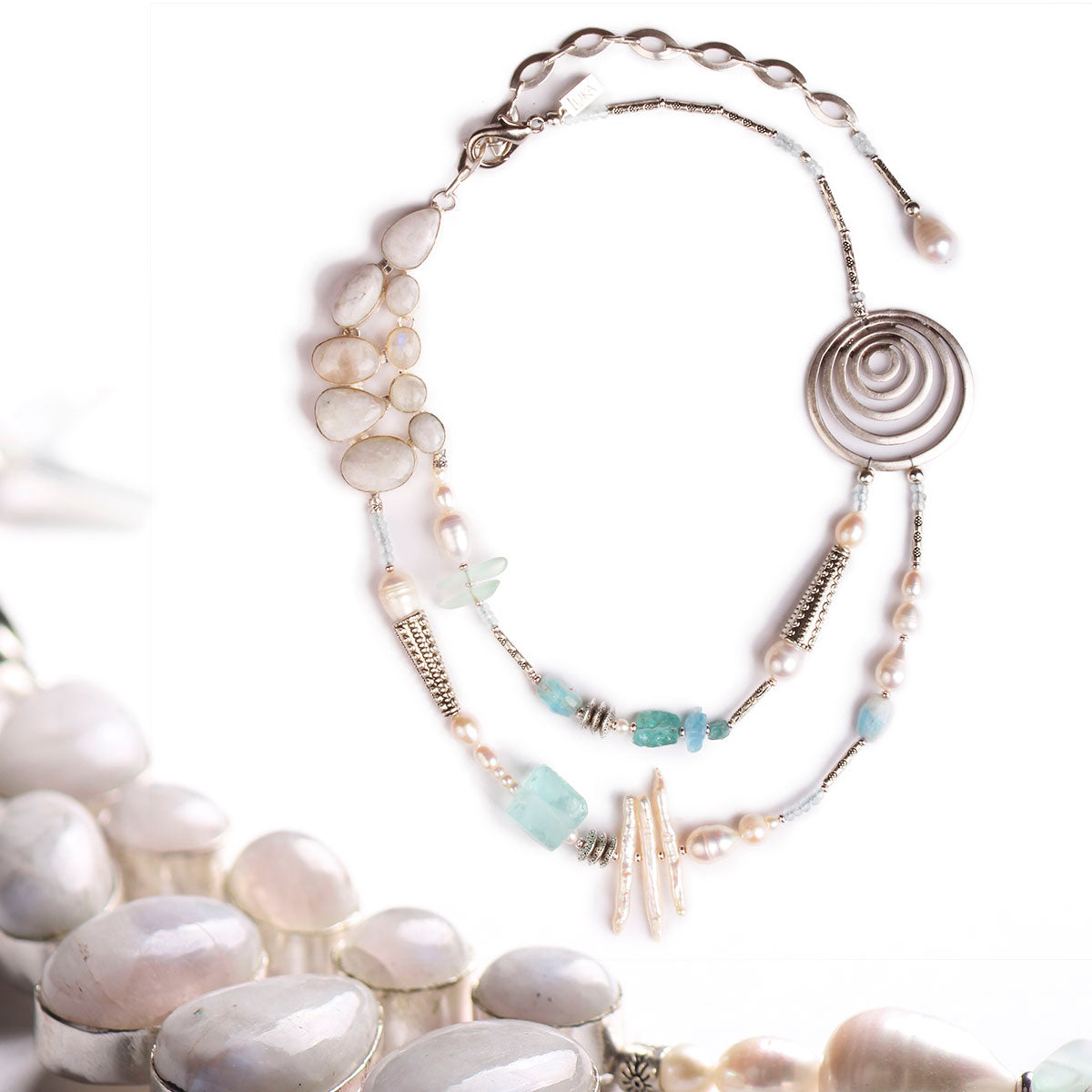 N°517 The Impeccable Moonstone Spy Necklace
