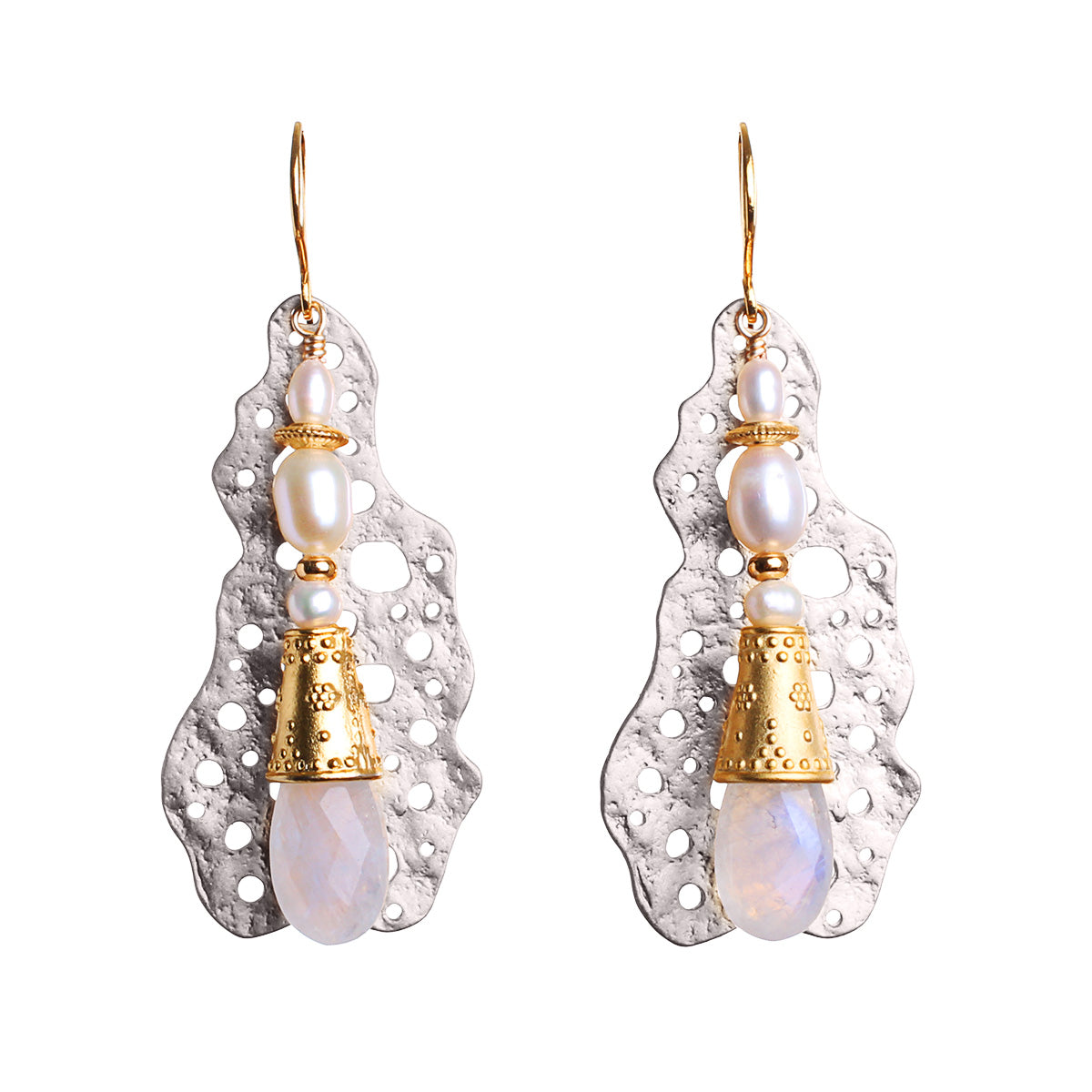 N°597 The irresistible Moonstone Society Statement Earrings