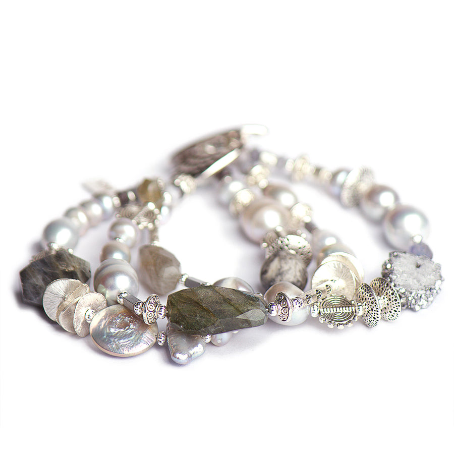N°428/429/430 The Silver Lining of the Night Labradorite & Pearls Statement Bracelet