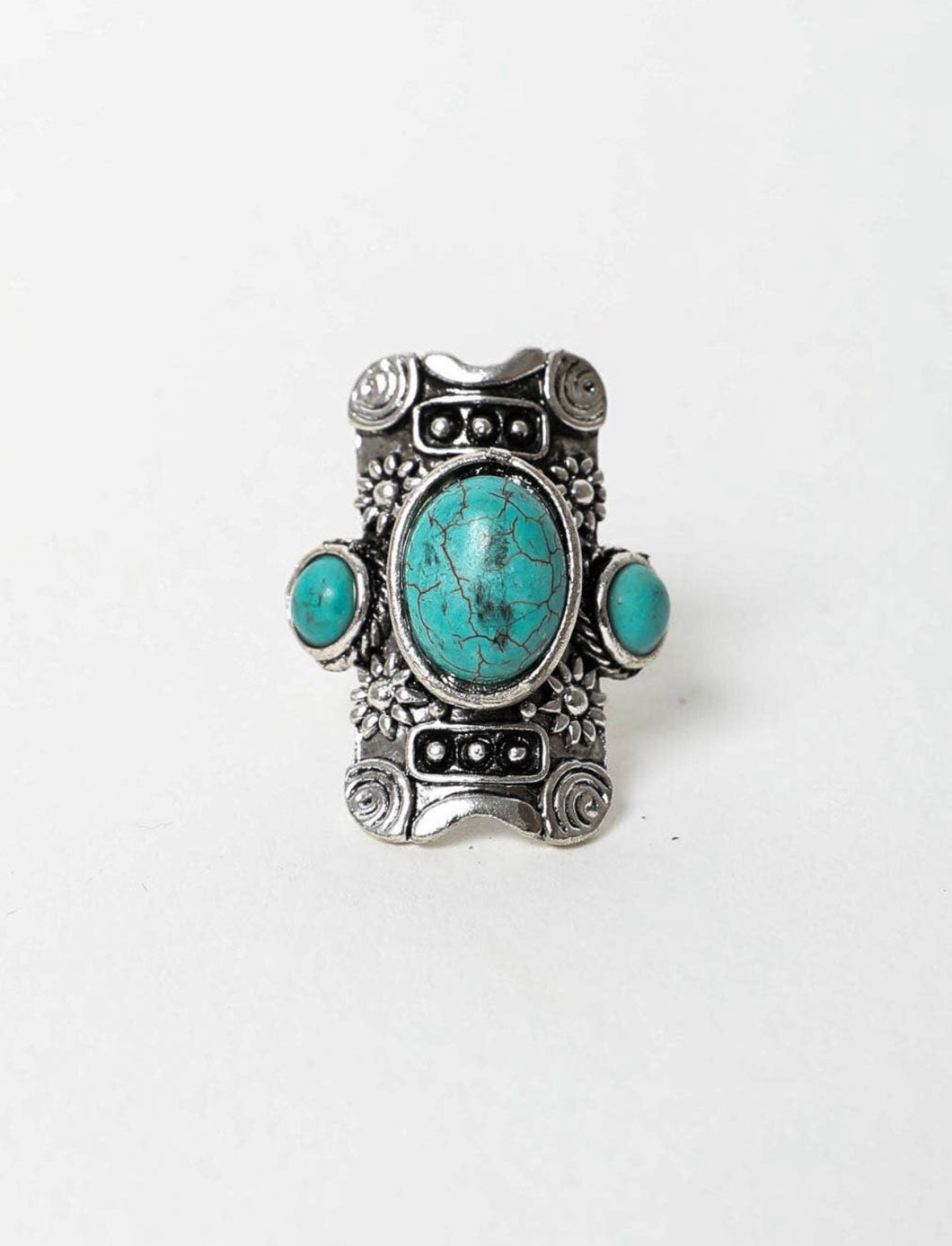Studs & Stones Turquoise Ring