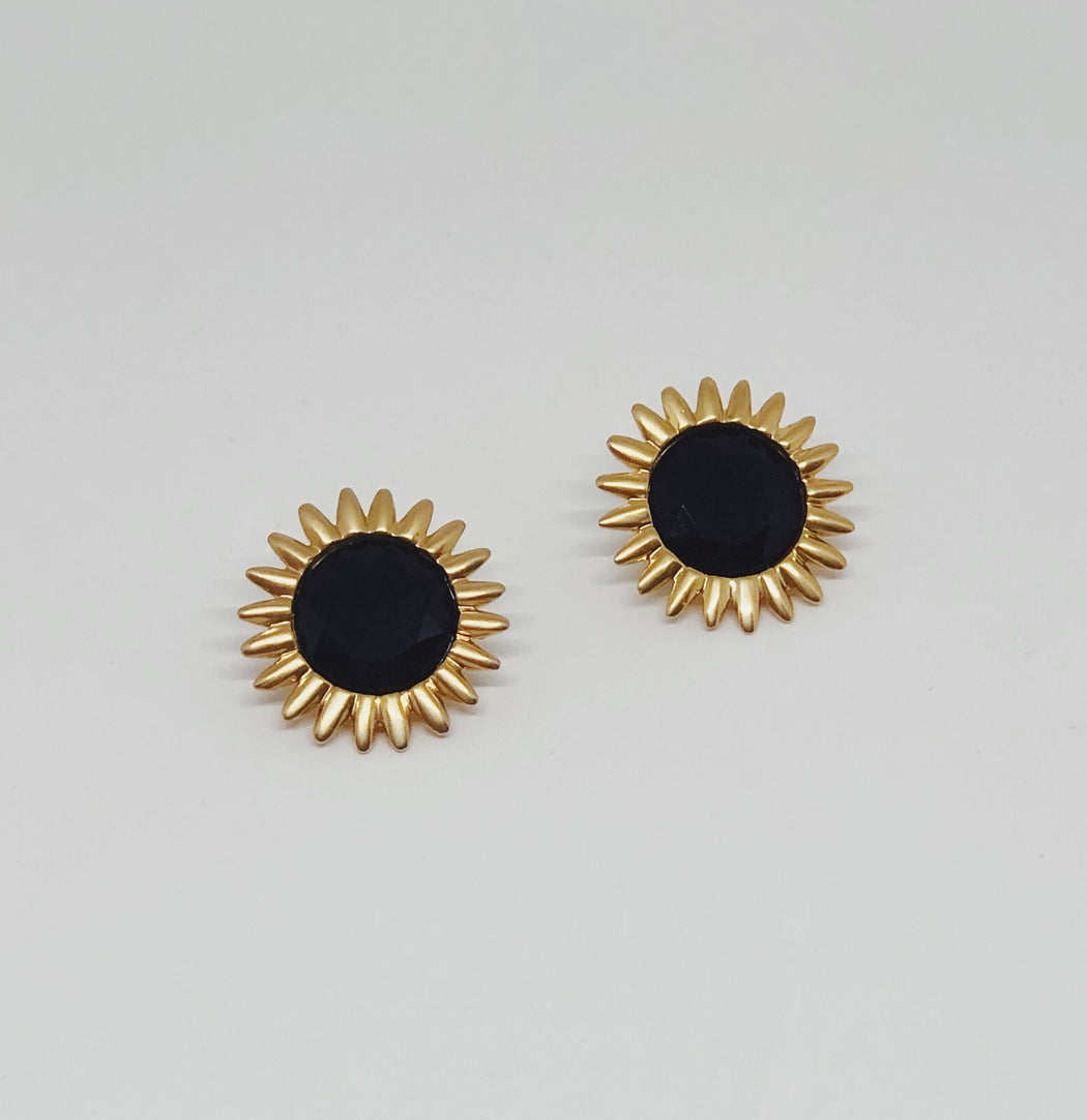 Sawtooth Button Stud Black Onyx