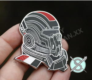 Sartizan[SECONDS/B GRADE] Mass Effect Commander Shepard N7 Helmet Hard Enamel Pin