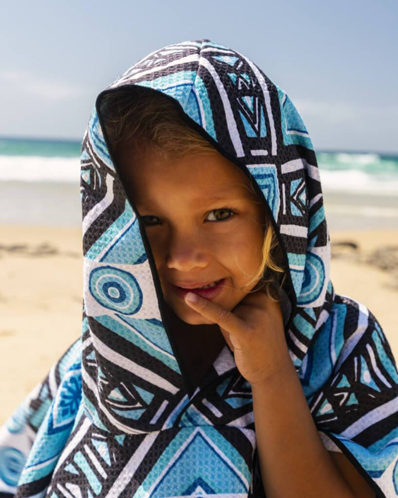 sand free kids beach poncho blue