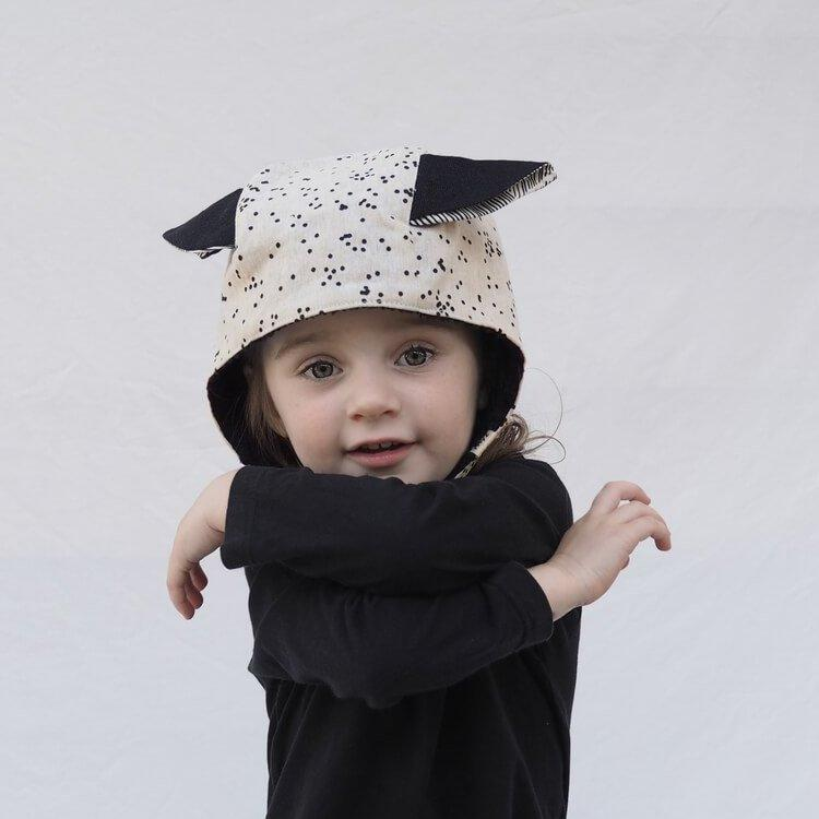 Kids' Winter Beanie with Straps, Bambi, Oatmeal